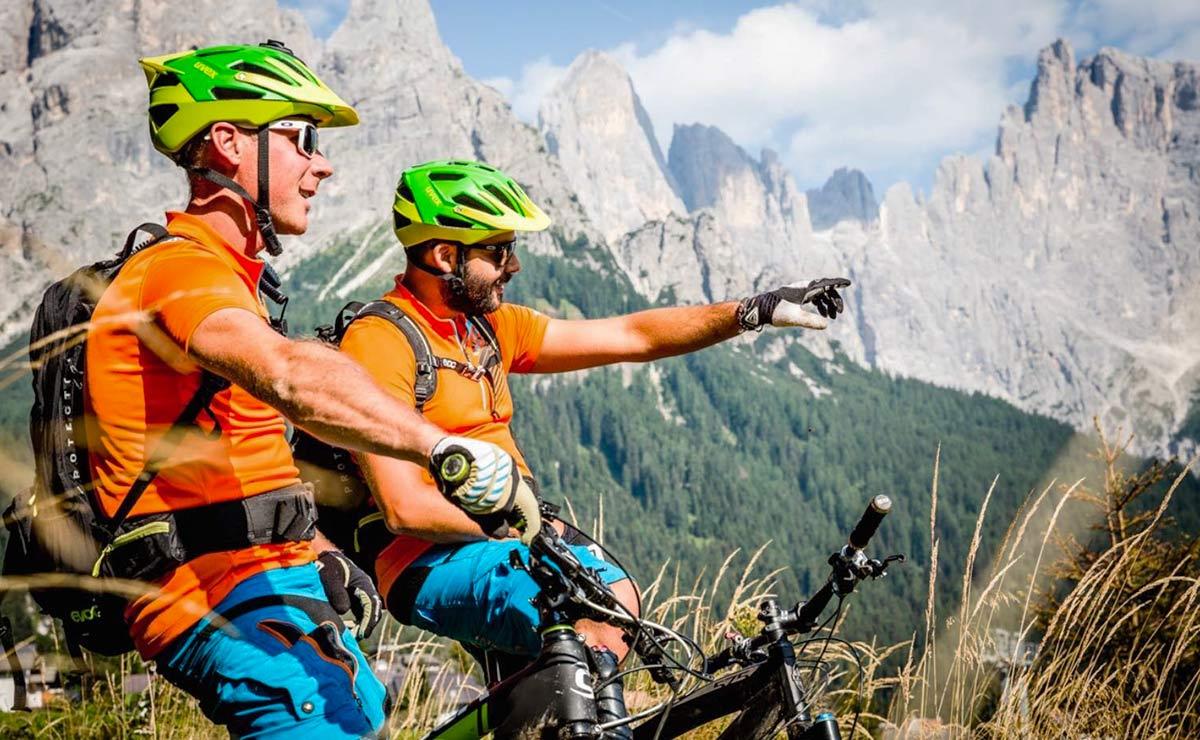 Biking-Valsorda-Enduro-Alpe-Tognola-Dolomiti-slider