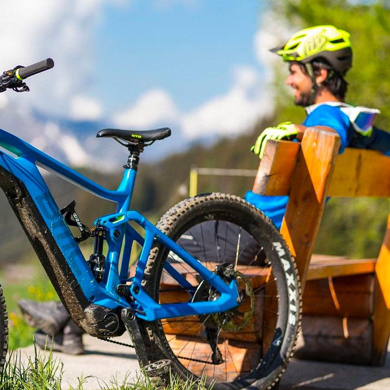 Biking-tour-panoramico-Alpe-Tognola-Dolomiti