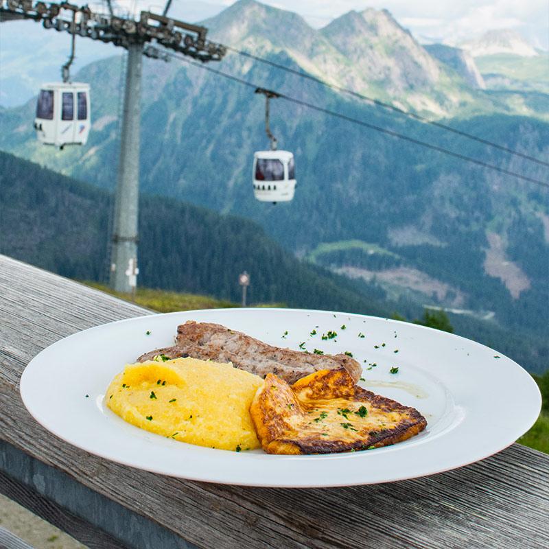 Polentata-in-quota-Alpe-Tognola-Dolomiti