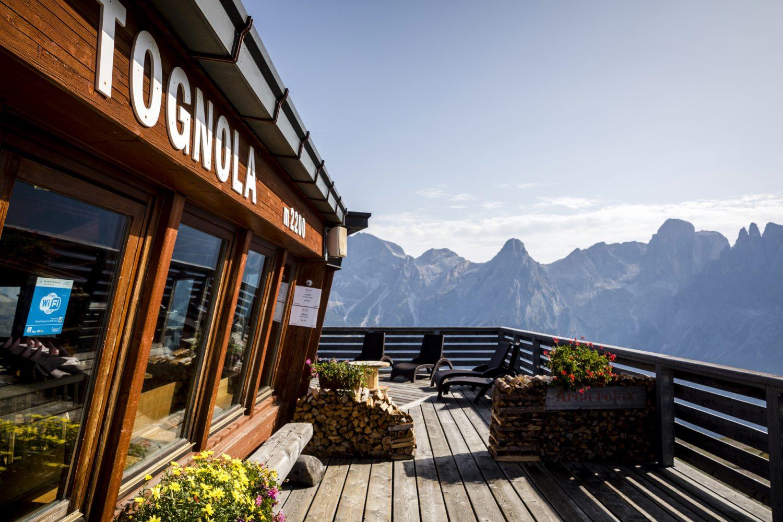 Rifugio Tognola San Martino Castrozza Dolomiti vista