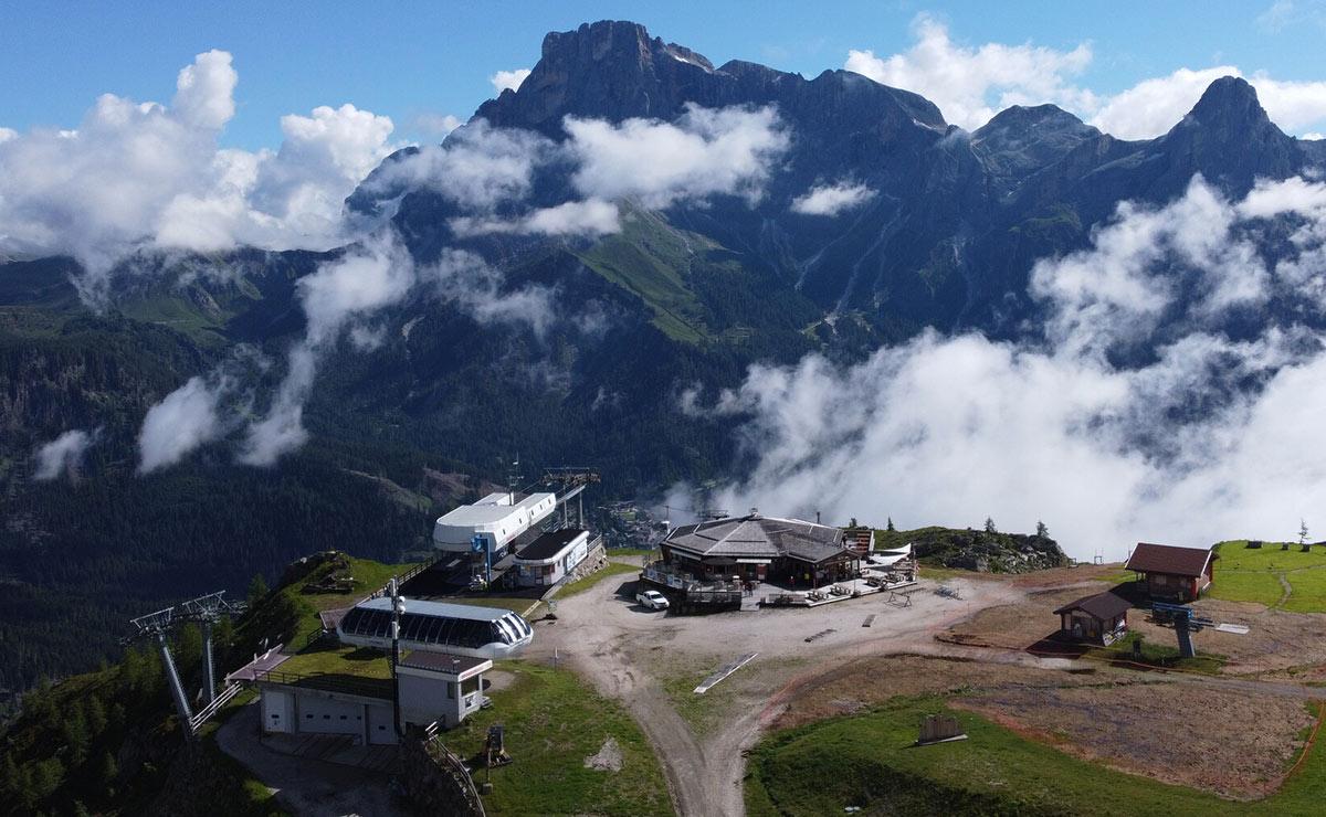 Storia-Alpe-Tognola-Dolomiti-San-Martino-Castrozza-nuova-cabinovia