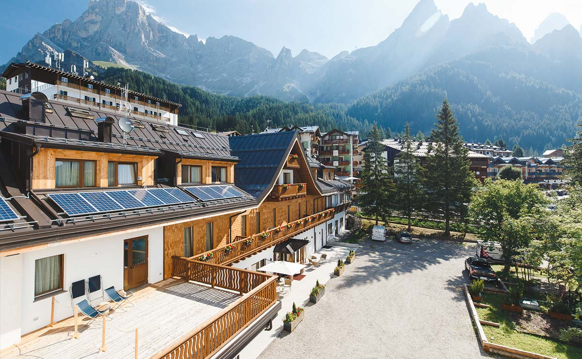 Storia-Alpe-Tognola-Hotel-Residence-Langes