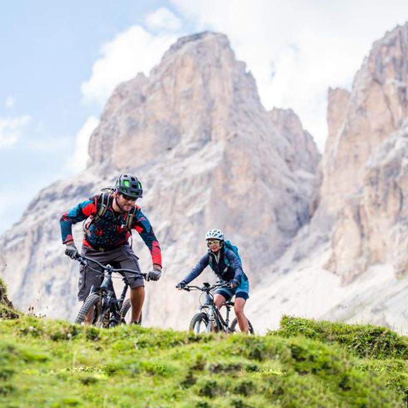 Biking-Noleggio-ebike-San-Martino-Castrozza-Tognola-Dolomiti-2